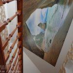 Натяжной потолок с фотопечатью на мансардной части потолка