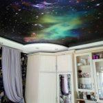 zvezdnoe_nebo_natyazhnoy_potolok_kosmos_fotopechat